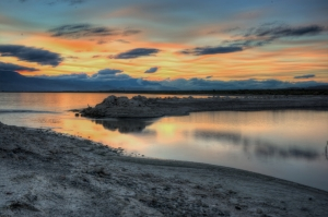A clear evening at the Salton Sea