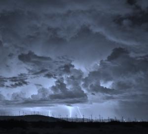 Lightning3Oct2015 (1280x1158)